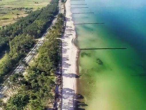 Czysta plaża, z dala od tłumów